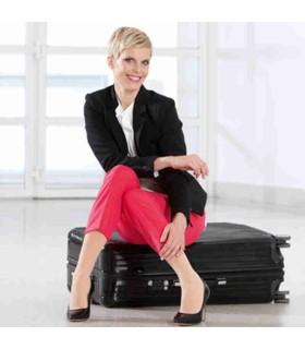 Chaussettes de voyage Medi Travel - Coloris Caramel - Femme assise