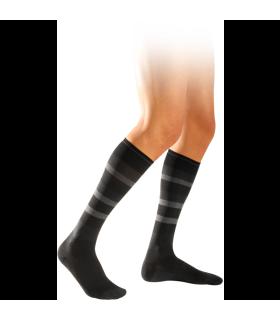 Chaussettes de contention pour hommes de la gamme Graphik de Sigvaris. Coloris Ardoise