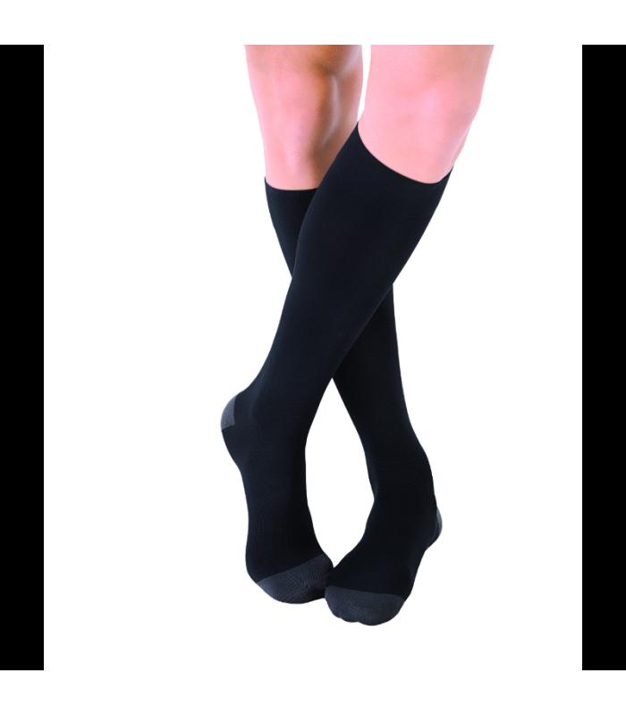 Chaussettes de voyages Traveno de Sigvaris. Coloris Noir
