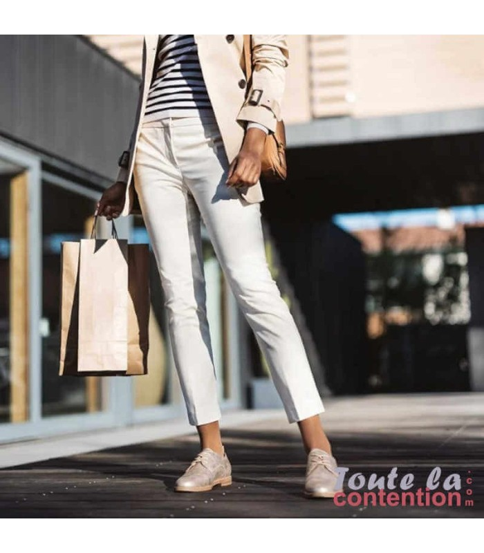 Chaussettes de contention Femme Styles Transparent classe 2 par Sigvaris - Photo Coloris Beige